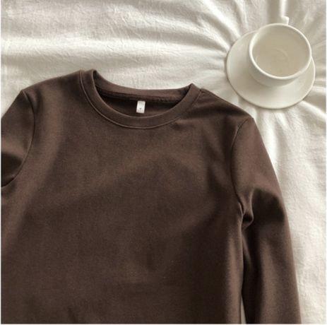 коричневая кофта