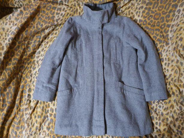 Пальто пальтишко демисезонное 134-140см