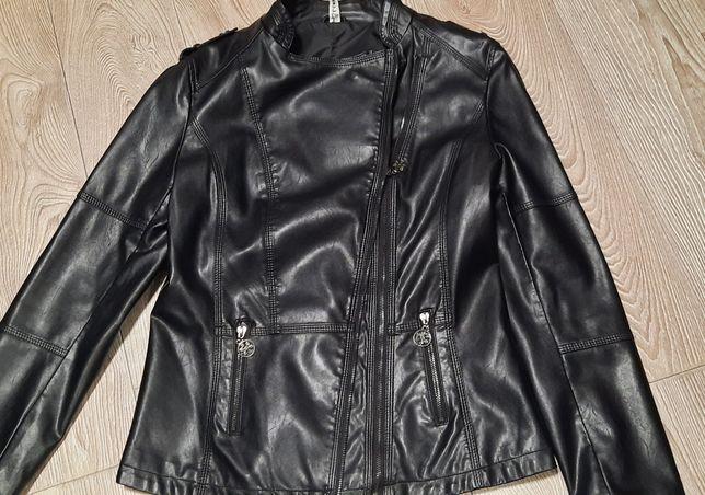 Продам куртку косуха женская