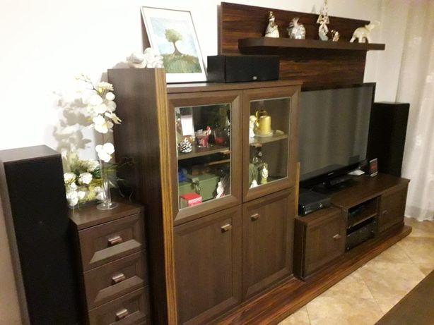 Meble Venge salon pokój dziecięcy komoda słupek szafki szuflady