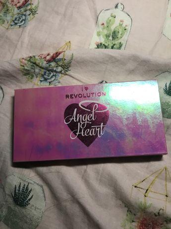 палетка теней i hear revolution angel heart