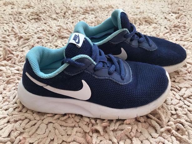 Кроссовки Nike 19 см
