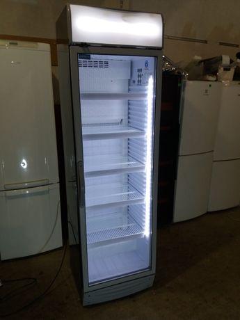 Холодильник витрина Noyfrost