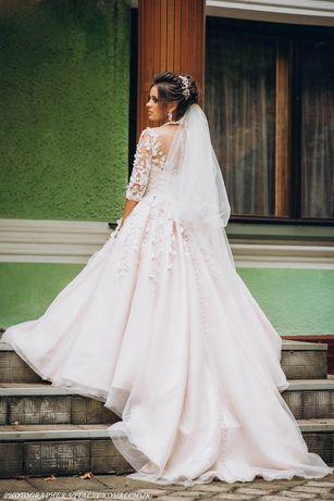 Весільеа сукня