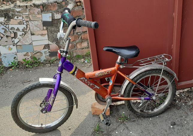 Велосипед на 4-7 років.