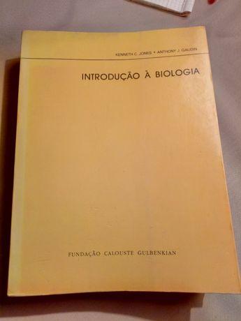 Introdução à Biologia da Fundação Calouste Gulbenkian