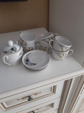 Чашки блюдца посуда