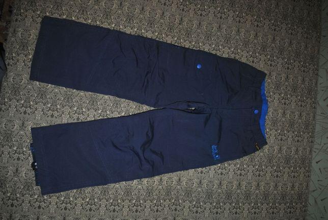 Spodnie zimowe turystyczno-narciarskie dzięcięce Jack Wolfskin r.128 c