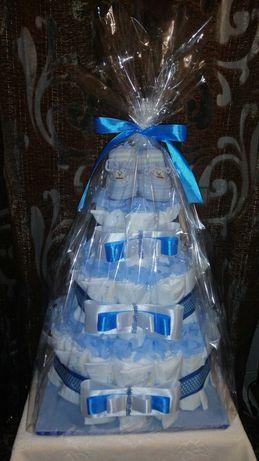 Оригинальный подарок на выписку или крестины. Торт с подгузников.