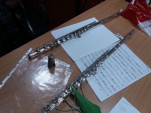 музыканты в оркестр