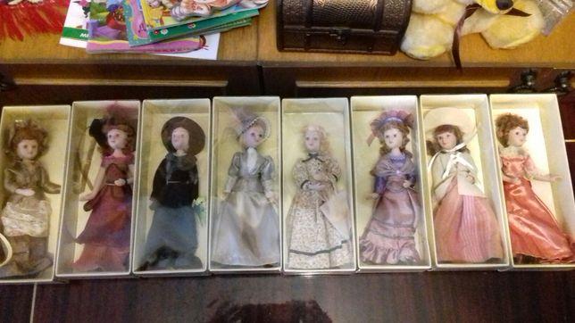 Фарфорові кукли.