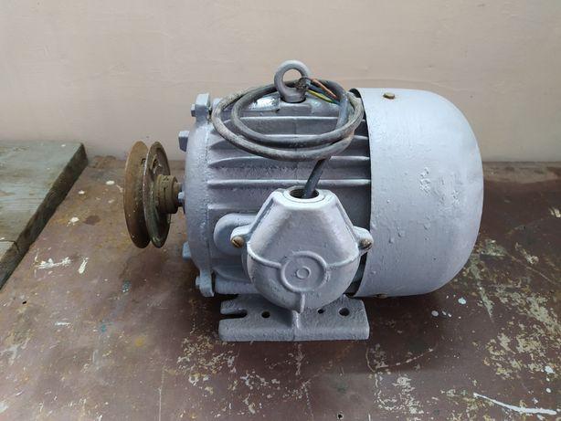 Електромотор 3кВт / 2850 об