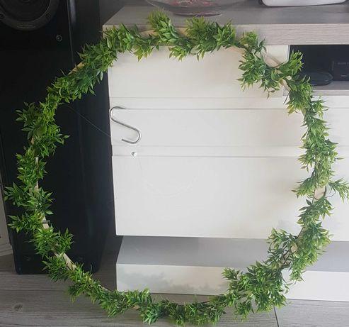 Wynajem ozdób drewniane koła zielone gałązki wesele ślub