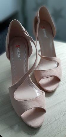 Sandały , szpilki damskie