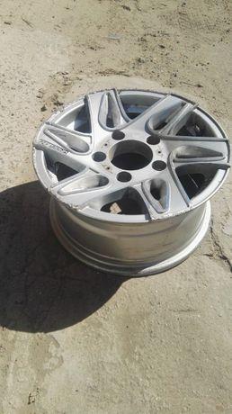 Продам литые диски RS Wheels 608j 7x15/5x139.7 D98.5 ET28 две штуки