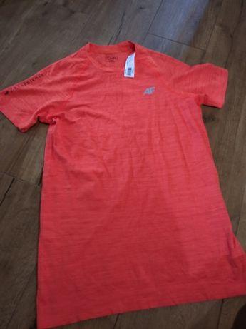 Koszulka przylegająca, lekko kompresyjna 4F roz. L-XL. Nowa