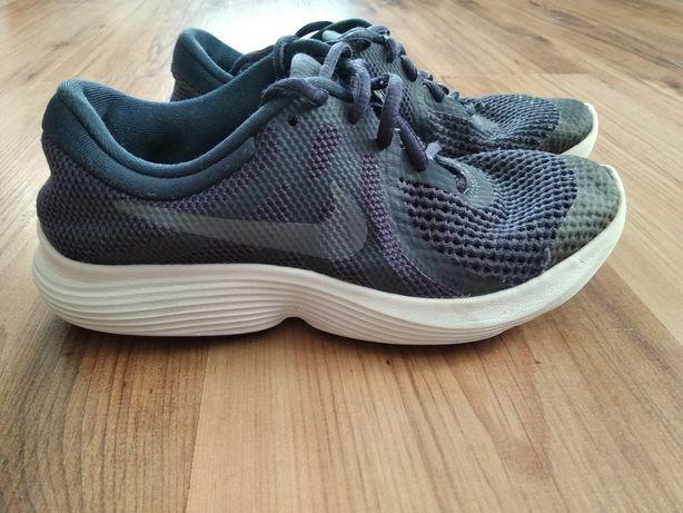 Кросівки Nike, 36,5 розмір