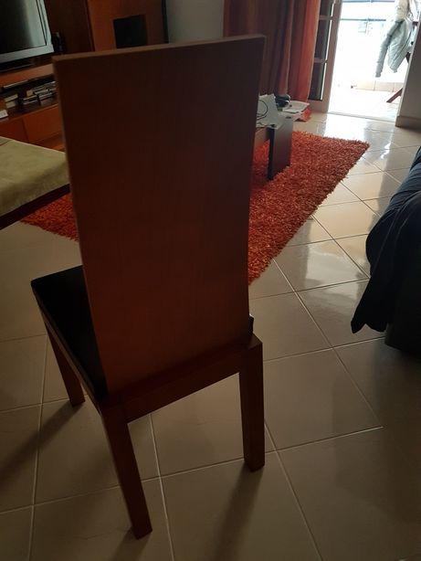 Cadeiras como novas cerejeira/pele