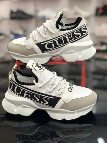 Buty damskie Guess. Białe z czarnym. Rozmiar 39. Sneakersy. PREMIUM