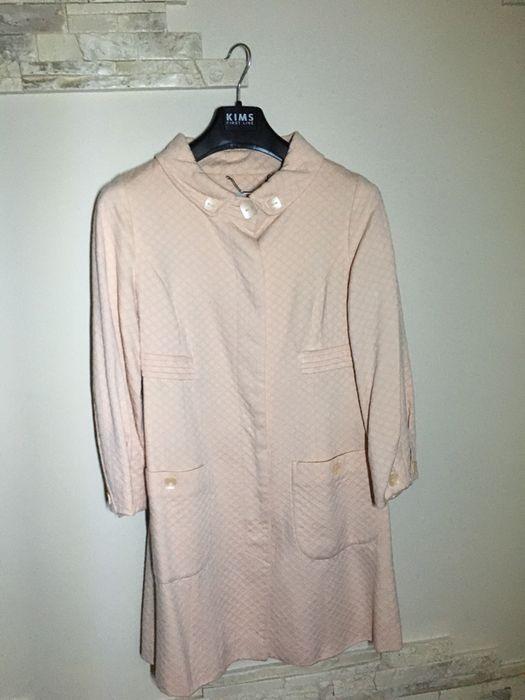 Легкий плащ пальто розового цвета Одесса - изображение 1