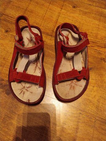 Sandały damskie dziewczęce rozmiar 37 wkładka 23 cm czerwone nowe