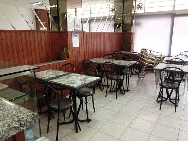 Café snacks bar para refeições e lanches centro de gaia