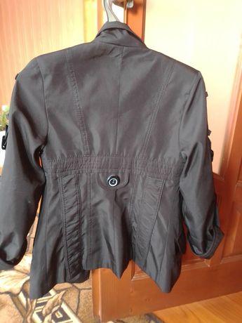 Пальто для дівчини