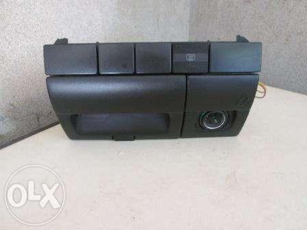 Manípulos, consola central e retrovisor para VW Golf III