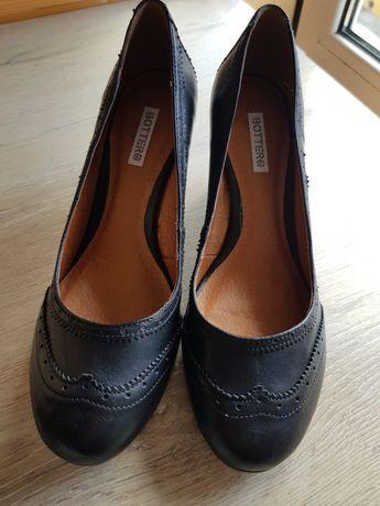 Sapatos Pretos de Cunha Bottero em Couro Vegetal - Tamanho 41