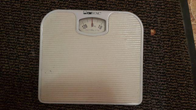 Весы напольные механические Clatronic