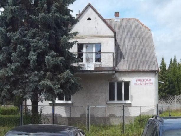 Dom Starogard Gdański przy trasie 22 .