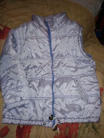 Демисезонная куртка-жилет для девочки