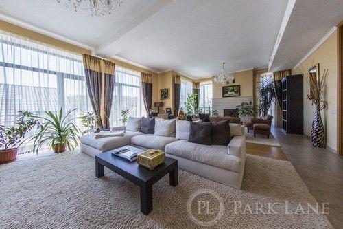 Продам дом(670м2) с дизайнерским ремонтом біля Лаври