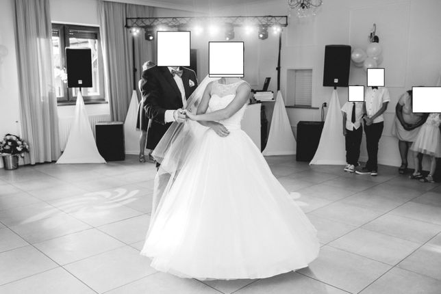 Suknia ślubna 36 ( regulacja 34-38) stan idealny