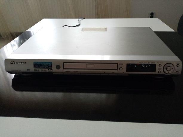 Odtwarzacz DVD Pioneer DV-2650