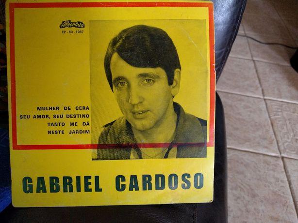 Disco Autografado Vinil 45 rotações Gabriel Cardoso