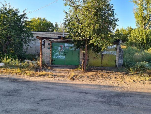 Три гаража рядом в кооперативе Дружба на ул. Станиславского