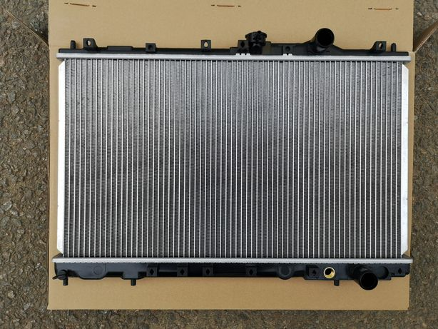 Радиатор Mitsubishi Радиатор Galant 93--, Lancer CB 1992--1995г