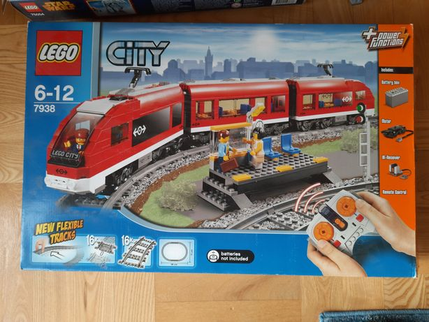 Lego City 7938 Pociąg pasażerski