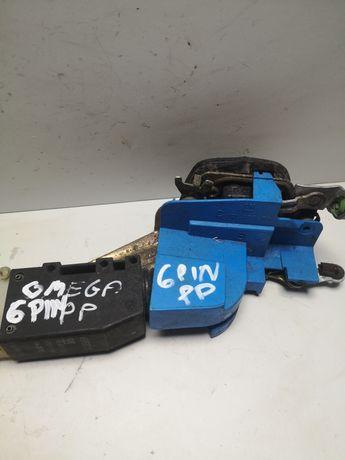 Opel omega b zamek centralny prawy przód 6 pinów siłownik Europa