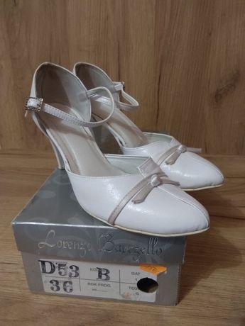 Białe czułenka na obcasie, buty ślubne, półbuty, pantofle, rozm. 36