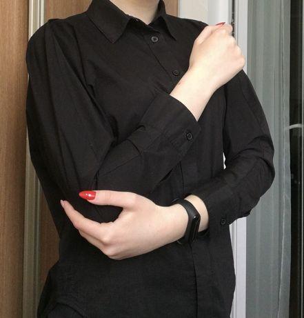 Чёрная оверзайз рубашка прямого кроя с рукавами летучая мышь
