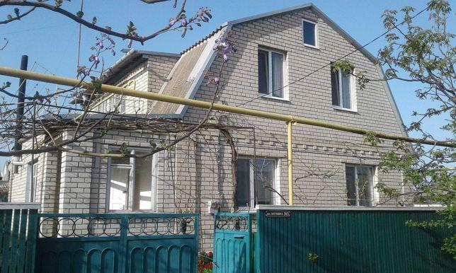 Продам 2-х этажный дом в Скадовске