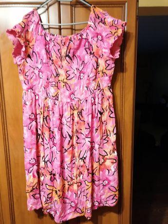 Śliczna sukienka 50