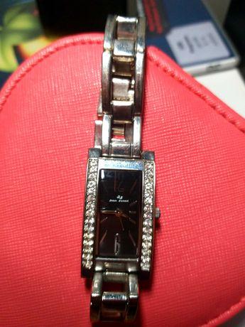 Zegarek damski kupowany w Szwajcarii