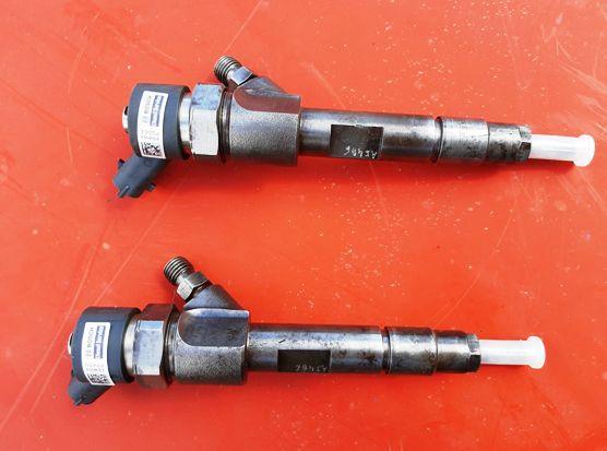 2 Injetores Diesel Bosch