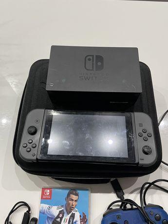 Nintendo switch okazja malo uzywane+gry.