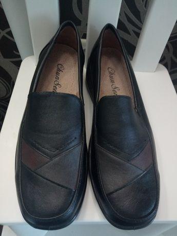 Кожаные туфли, стелька 26см.