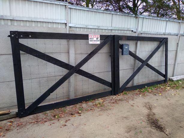 Brama na budowę 4,5m drewniana + siatka