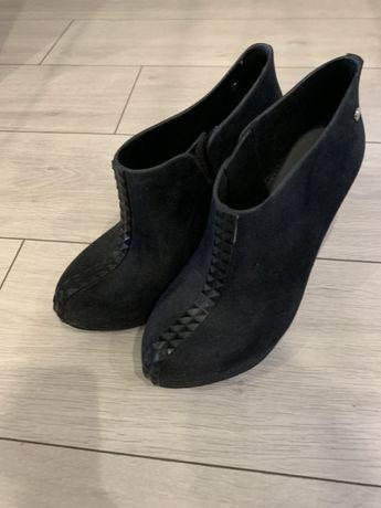 Стильные ботинки Melissa